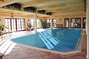 private-schwimmbaeder51
